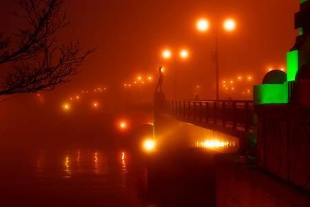 夜霧よ今夜も・・.jpg