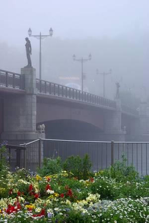 霧の幣舞橋(初夏).jpg
